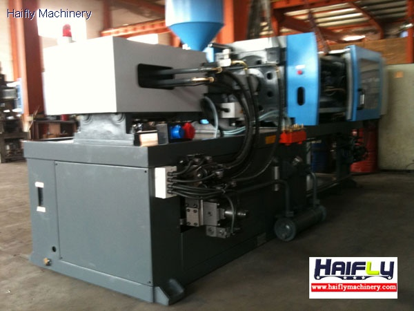 double barrel injection molding machine