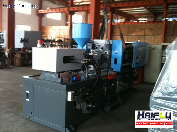 plastic injection molding table machine