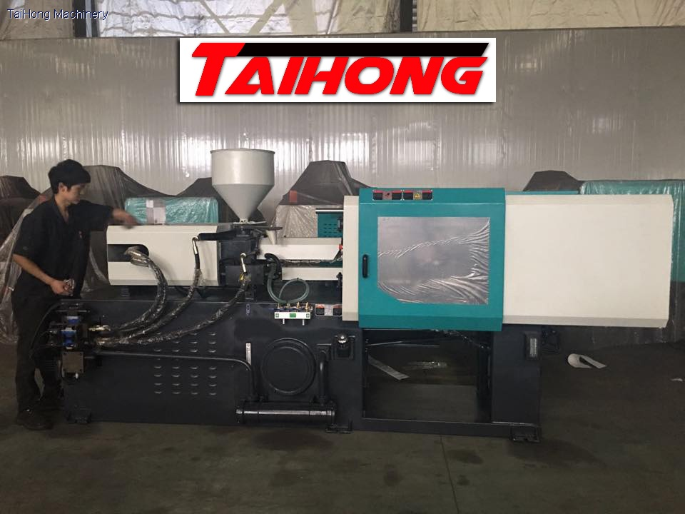 full hydraulic injection molding machine
